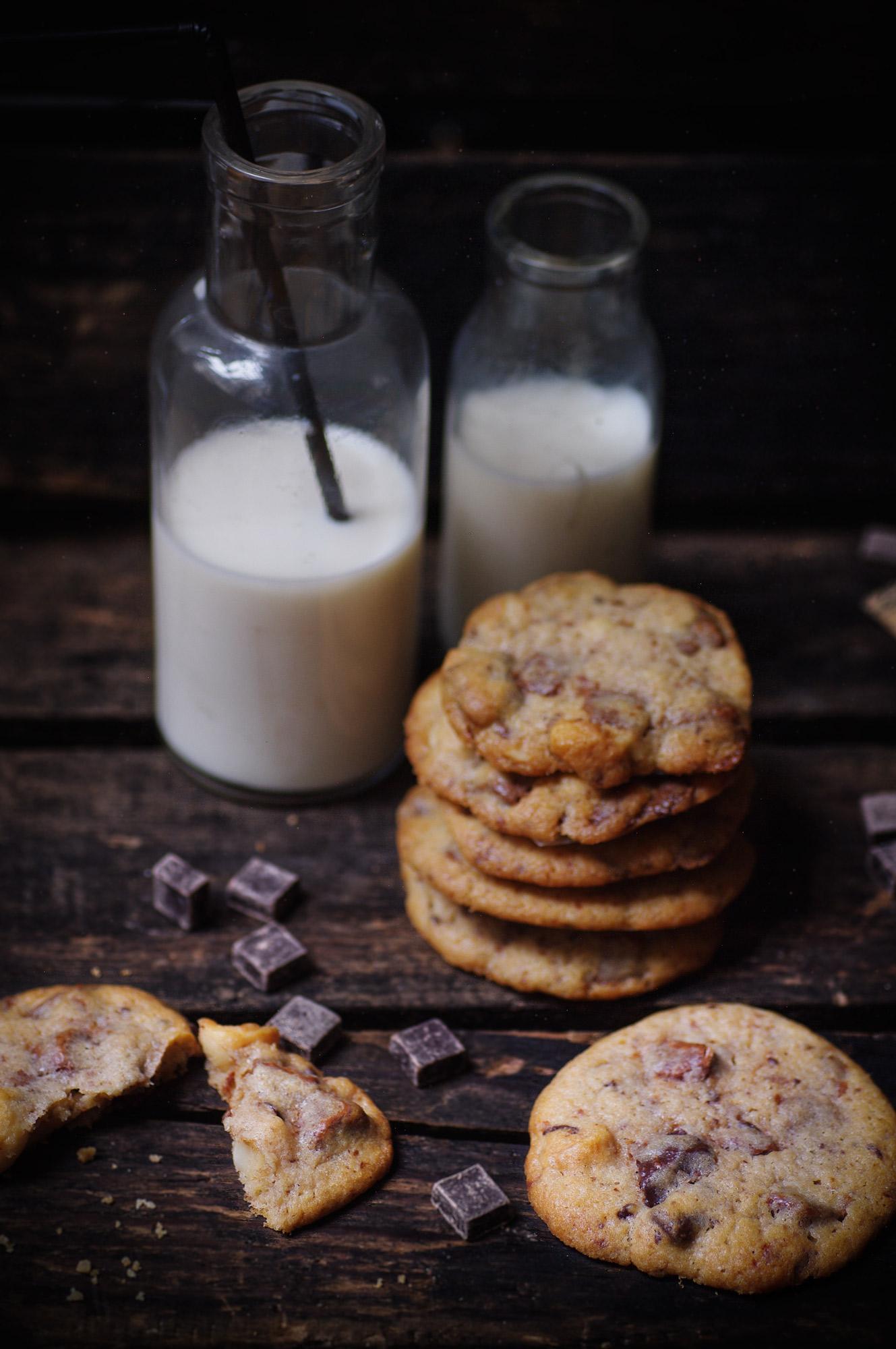 dessert, praliné, pralin , noisette, chocolat, easy, recette, recipe, blogger, chocolate, hazelnut, almond, sweet,chef, blogger, cooking, cake , leger , gateau , light, chabath , shabath , parvé, dairyfree, sans lactoses , bread, homemade, freshly baked, recipe, pain , pain de mie, loaf, MAP, recette, blog, blogger, donut, beignet, hannouca, doughnut, hanouka, sucre, chocolate mousse, creamy, foamy, light, fluffy, airy, chocolate, sweet, vegan, recipe, light, healthy, gluten free, chocolat, recite, kosher, kasher, cacher, dessert, sucré, facile, rapide, quick, easy, passover, pessah, pace, kosher , kasher, milk chocolate, chocolat au lait, fondant, cake, chocolate cake, cake au chocolat, parve, parvé; cookies ; chocolate chunk